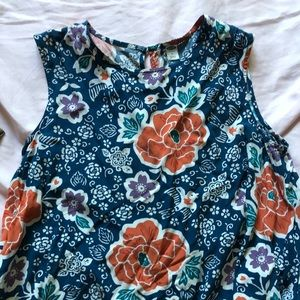 Pretty Old Navy floral print top